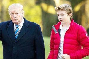 Barron Trump buồn vì phải cách ly ở Nhà Trắng