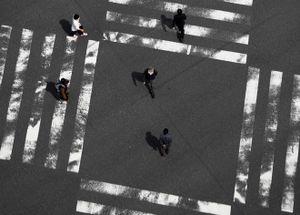 'Trốn chạy khỏi Tokyo' gây bão mạng trước giờ giới nghiêm ở Nhật