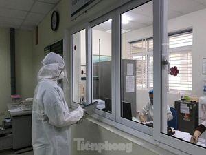 Thêm 10 nhân viên y tế ở Vĩnh Phúc cách ly vì liên quan BN 243 mắc COVID-19