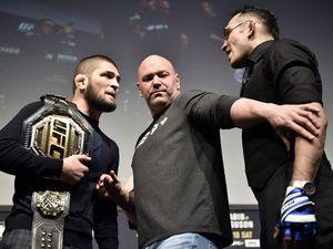 'Kẻ bất bại' Khabib mắc kẹt vì COVID-19, UFC 249 vẫn diễn ra