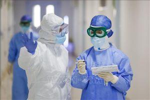 Thế giới ủng hộ, tri ân các y tá giữa đại dịch COVID-19