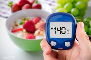 Bộ Y tế cảnh báo những người có nguy cơ cao mắc COVID-19 và bệnh dễ trở nặng
