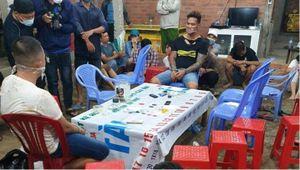 Nổ súng khống chế gần 40 người tụ tập đánh bạc trong đêm