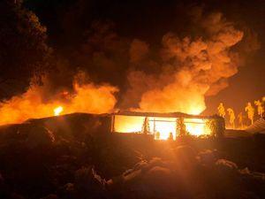Cháy lớn tại Cụm công nghiệp - làng nghề ở Quảng Ngãi
