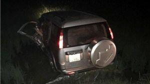 Ô tô lao xuống ruộng sau va chạm với xe trộn bê tông, tài xế tử vong