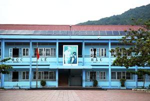 Trường học 'xanh' với điện năng lượng mặt trời