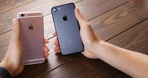 Lượng iPhone kích hoạt mới tăng mạnh trong quý 1 mặc kệ Covid