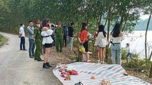 Xử phạt nhóm thanh niên đi dã ngoại trong thời gian cách ly xã hội