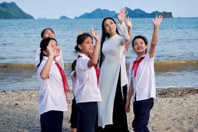 Quảng bá và tôn vinh áo dài Việt Nam