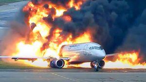 Nga lần đầu công bố video máy bay chở khách Superjet-100 chìm trong biển lửa, 41 người thiệt mạng