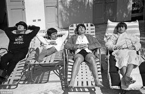 Loạt nhân vật bên lề hé lộ góc khuất của The Beatles thời kỳ đỉnh cao