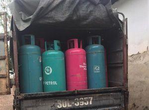 Bắc Giang: Sang chiết gas trái phép và giả mạo nhãn hiệu, DN bị phạt hơn 42 triệu đồng