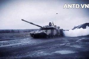 Nga điều phiên bản mạnh nhất của xe tăng T-90 áp sát biên giới NATO