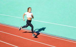 Kiên trì chạy bộ, từ một người không thể chạy quá 100m đến ẵm giải nhất marathon, tôi đã học được bài học lớn