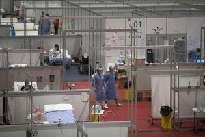 Dịch COVID-19 bớt nghiêm trọng, một số nước đóng cửa dần bệnh viện dã chiến