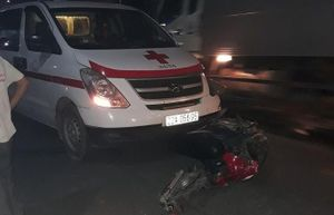 Tông trực diện xe cứu thương, nam thanh niên tử vong