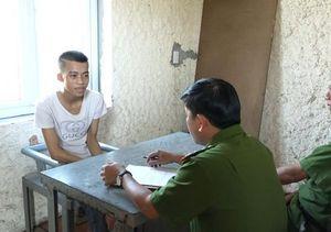 Quảng Bình: Thanh niên 19 tuổi tàng trữ hơn 100 viên hồng phiến trong nguời