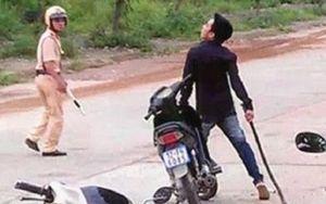 Sóc Trăng: Khởi tố thanh niên dùng dao đâm cảnh sát