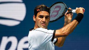 Mẹ Djokovic chê Federer ngạo mạn