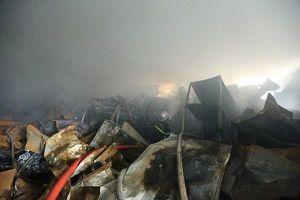 Cháy nhà xưởng ở Gia Lâm 3 người tử vong: Vì sao chưa khởi tố bị can?