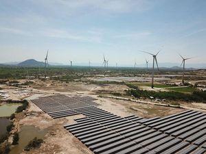 Bài học 'đắt giá' điện mặt trời và đề nghị bổ sung 7.000 MW điện gió vào quy hoạch điện