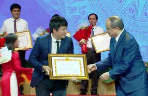 Chủ ATM gạo Hoàng Tuấn Anh được Thành ủy TP.HCM tuyên dương