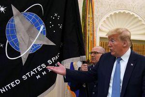 TT Trump nói Mỹ sắp có 'siêu tên lửa' giúp vượt mặt Nga, Trung Quốc