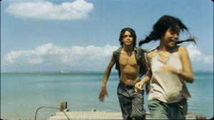 Tuổi trẻ Brazil lãng mạn và khốc liệt trong 'Hảo hán nơi trảng cát'