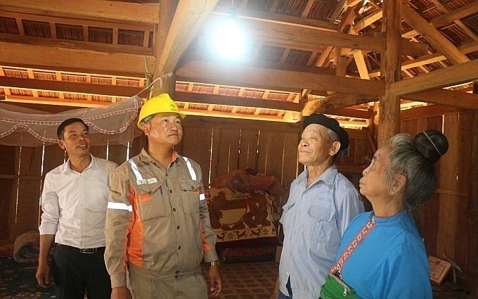 Sơn La: Hơn 1.100 hộ dân được sử dụng điện lưới quốc gia