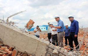 Sập tường ở Đồng Nai: Đơn vị thi công 'phớt lờ' cảnh báo