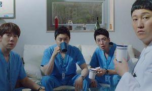 'Hospital Playlist' tập 11: Cuối cùng Ik Jun cũng trực tiếp thổ lộ thích Song Hwa rồi