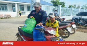 Khai trương hệ thống cung cấp nước sạch cho người dân An Hảo