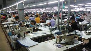 Ngành may mặc ở Thái Nguyên khôi phục sản xuất