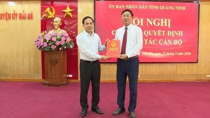 Công bố quyết định công tác cán bộ huyện Hải Hà