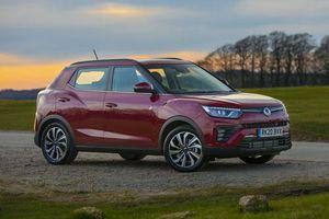 SUV động cơ tăng áp, giá gần 400 triệu đồng, cạnh tranh với Hyundai Kona, Honda HR-V
