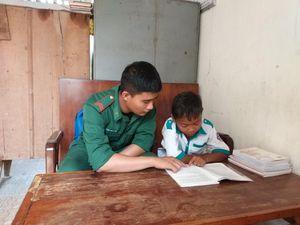 Những đứa con nuôi của Đồn Biên phòng