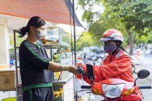 GoViet: Hỗ trợ gần 100.000 bữa ăn, tặng phiếu mua hàng cho các đối tác tài xế