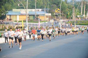 Hậu Giang phát động toàn thể cán bộ, nhân dân luyện tập tham gia giải chạy Marathon