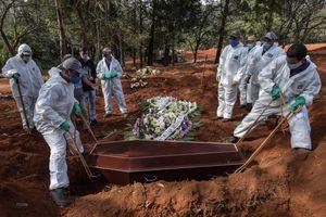 Tình hình COVID-19 sáng 27/5: Brazil có thể vượt 125.000 ca tử vong