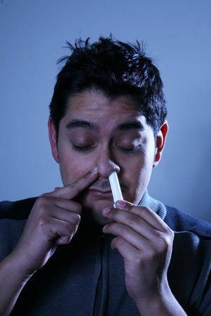 Đừng lạm dụng ống hít thông mũi