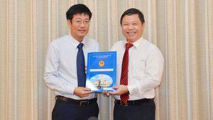 Ông Trần Thanh Tùng giữ chức vụ Chủ tịch UBND quận 8