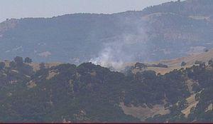 Mỹ: Máy bay trực thăng đâm vào dây tải điện, gây mất điện diện rộng