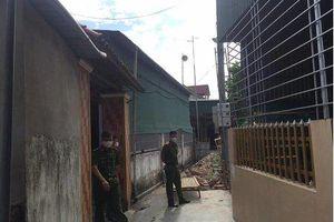 Hà Tĩnh: Bàng hoàng phát hiện 3 người tử vong trước nhà
