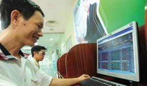 Nhóm chứng khoán tích cực giúp VN-Index tăng gần 3 điểm