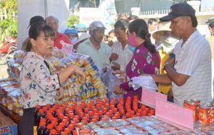 'Phiên chợ nhân đạo' tại các xã đảo