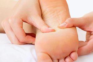Tê tay chân – dấu hiệu cảnh báo nhiều bệnh nguy hiểm