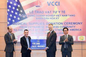 Công ty Việt tặng 1,3 triệu khẩu trang cho người Mỹ