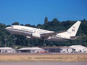 Máy bay Mỹ bay trực tiếp trên không phận Đài Loan