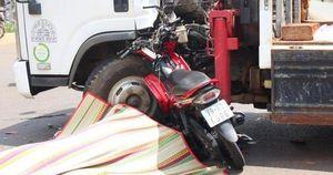 Tông thẳng xe tải cẩu, 1 người tử vong tại chỗ, 1 người nguy kịch