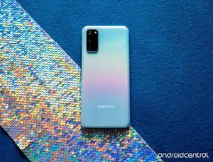 Loạt smartphone cao cấp năm 2020 đang có giá tốt ở Việt Nam